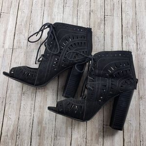 "3""5 Black Heels"